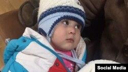 Годовалая Манижа, дочь узбекской мигрантки Нилуфар Мамасаидовой.