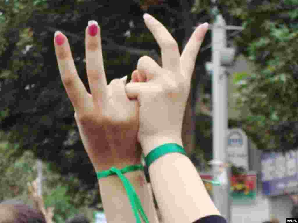 İranda etiraz səsləri yalnız kişilərin deyil #4