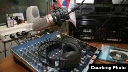 За месяц с небольшим радиопередача, которая задумывалась создателями как подспорье для малого и среднего бизнеса в республике, уже успела завоевать популярность