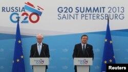 Ռուսաստան - Եվրոպական խորհրդի նախագահ Հերման վան Ռոմպոյը և Եվրահանձնաժողովի նախագահ Ժոզե Մանուել Բարոզուն Սանկտ Պետերբուրգում ճեպազրույցի ժամանակ, 5-ը սեպտեմբերի, 2013թ․