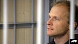На суде в Мурманске: фотограф Денис Синяков, арестованный вместе с активистами Greenpeace