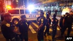 Полицейский кордон на 23-й улице Манхэттена