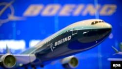 ایران قراردادی به ارزش ۱۶ میلیارد دلار با بوئینگ برای خرید ۸۰ فروند هواپیمای تجاری امضاء کرده است.