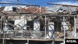 Разрушенный Гори, август-2008. Восстановлено спустя год почти все