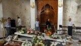 مواطنون مسيحيون يتفقدون الأضرار التي الحقها تفجير كنيسة سيدة النجاة في بغداد