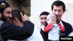 """Скриншот видео """"о казахстанских джихадистах в Сирии""""."""