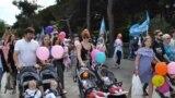 UKRAINE, YALTA - Parade of twins in Yalta, 27May19