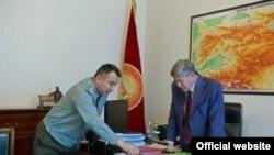 Президент Атамбаев и глава ГПС Дуйшенбиев