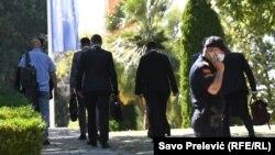 Црна Гора- Делегација на СПЦ пристига во владината зграда на состанок, 20.07.2020