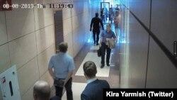 Обыск в офисе ФБК, архивное фото