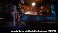 Попри новорічні свята, в кафе «Ануш» малолюдно