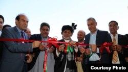 Президент Афганістану Ашраф Гані під час офіційної поїздки в провінцію Герат закликав торговців інвестувати в Афганістан, 19 серпня 2017 року