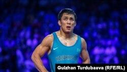 Еркін күрестен әлем чемпионатында күміс алған Дәулет Ниязбеков. Нұр-Сұлтан, 19 қыркүйек 2019 жыл.