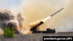 Ілюстраційне фото. Під час завершення успішних польових випробувань нового українського ракетного комплексу «Вільха». Військовий полігон на Херсонщині, 25 квітня 2018 року