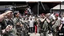 دردرگيری های روز يکشنبه اردوگاه عين الحلوه، دست کم دوتن از نيروهای ارتش لبنان کشته وسه نفرديگرزخمی شدند.