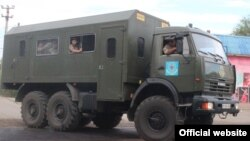 Алматыға көмекке келе жатқан Ұлттық гвардия қызметкерлері мінген көлік. 29 шілде 2015 жыл.