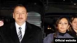 Президент Азербайджана Ильхам Алиев с супругой Мехрибан