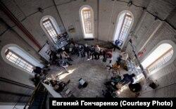 В залах «Вежи» проходят различные мероприятия, акустика в них – находка для ораторов