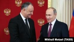 Președinții Vladimir Putin și Igor Dodon la o conferință de presă la Kremlin în ianuarie