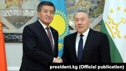 Президенты Кыргызстана и Казахстана.