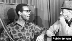 Макс Роач и Дюк Эллингтон, 1962 год во время записи «Джунгли Денег»