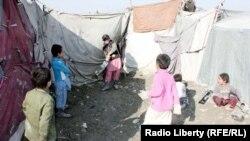 په افغانستان کې د بې ځایه شویو کډوالو بحران ملګري ملتونه هم اندېښمن کړي دي.