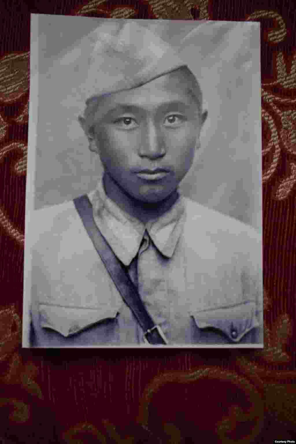 Сабар Жайылкановушел на фронт в возрасте 19 лет, в 1943 году.Вернулся Сабар Жайылканов с войны в 1946 году. Он является почетным жителем села Талды-Суу Тюпского района.