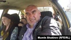 Таксист Толиб Бахранов
