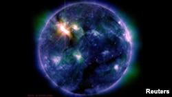 Shpërthimet në diell të regjistruara më 6 mars 2012, kanë krijuar shumëllojshmëri ngjyrash...