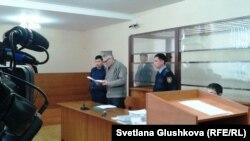 Бахтжан Кашкумбаев выступает в суде. Астана, 22 января 2014 года.