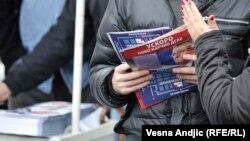 Deljenje 'Velike Srbije' na prošlogodišnjem Sajmu knjiga u Beogradu