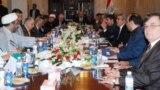 اجتماع لسياسيين عراقيين(من الارشيف)
