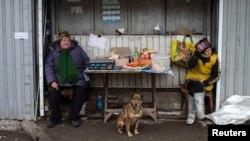 Вуличні ятки, окупований Донецьк, 5 березня 2015 року