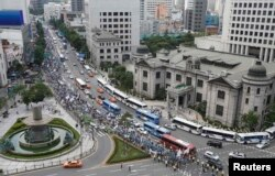 Праздник в центре города Сеул. Иллюстративное фото.15 августа 2013 года.