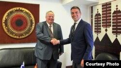 Средба на министерот за надворешни работи Никола Димитров со министерот за надворешни работи на Грција, Никос Коѕиас во Скопје на 31.08 2017 година.