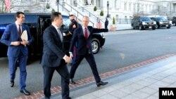 Премиерот Никола Груевски во посета на Вашингтон.