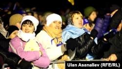Многие демонстранты оставались на площади Независимости всю ночь