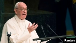Папа Римский Франциск выступает на заседании Генеральной Ассамблеи ООН. Нью-Йорк, 25 сентября 2015 года.