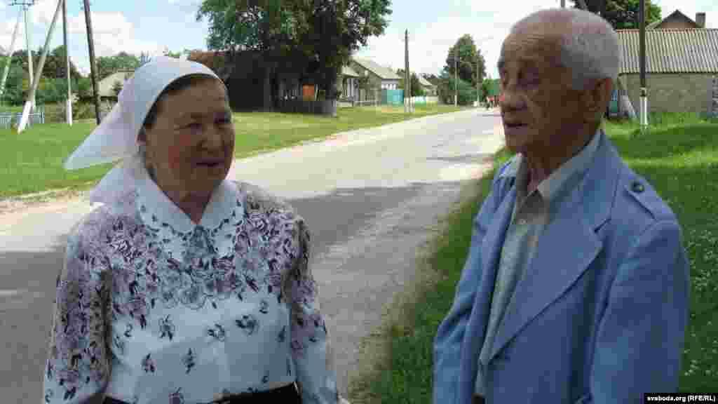 Прафэсар Вячаслаў Рагуля і Марыя Крупянкова з Стаўбуна