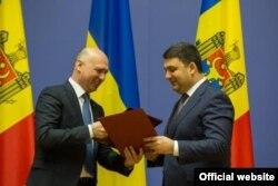 Premierii Pavel Filip și Vladimir Groisman astăzi la Kiev