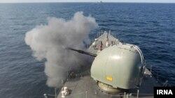Ирански воен брод.