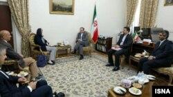 هلگا اشمید در دیدار روز شنبه با عباس عراقچی
