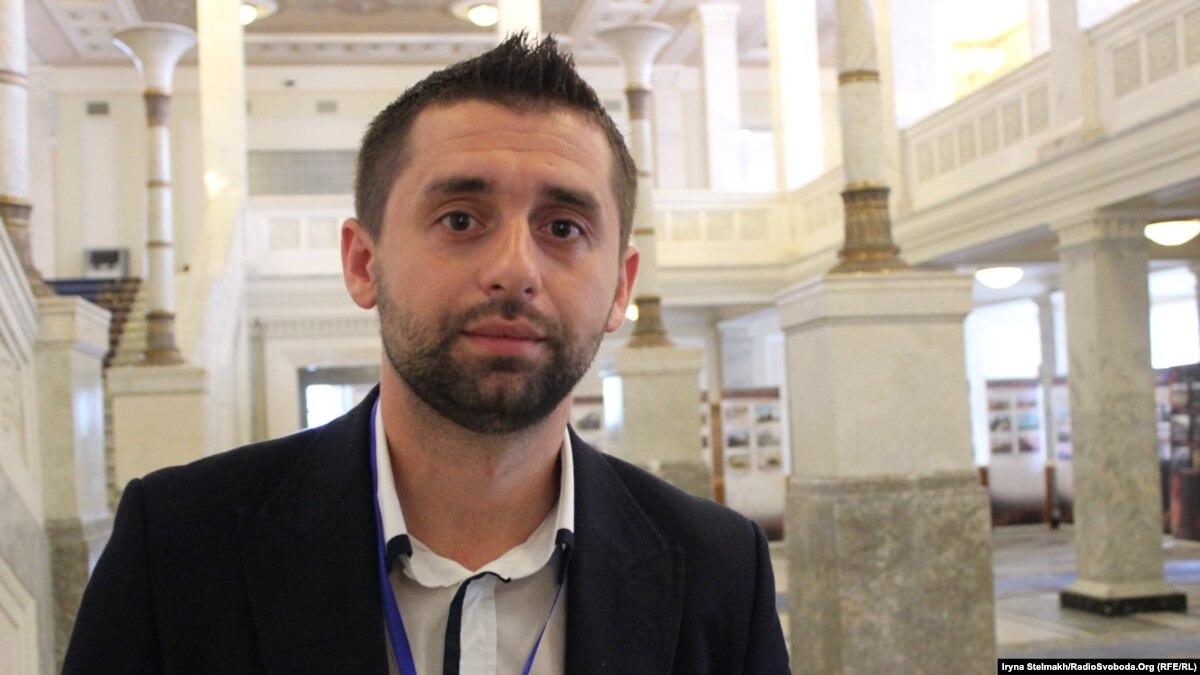 Арахамия попросил прощения за слова о поставках воды в оккупированный Крым
