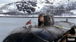 "The ""Kursk"" nuclear submarine, docked in Murmansk in 1999"
