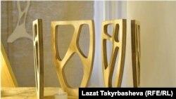 Салтанат Керезова жасаган буюмдар