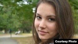 Александра Филипова, Координатор на Медиа-Арт клубови Скопје во Младински образоване форум (МОФ).