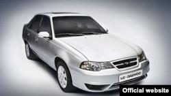 В течение двух лет на российском рынке наблюдается резкое снижение цен на узбекские автомобили.