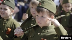 Children dressed in military uniforms attend the so-called Parade of Children's Troops in Rostov-on-Don. (file photo)