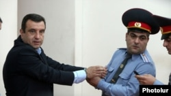 Armenia - Vartan Sedrakian, a former presidential candidate, is handcuffed at a Yerevan court after receiving a 14-year jail sentence, 23Sep2013.