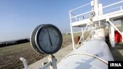 По словам Агаси Енокяна, Россия пытается наладить сотрудничество с Ираном, так как его газ, так или иначе, пойдет через ее трубу, и даже в качестве бартера использовать иранский газ для поставки и в Армению, и в Грузию
